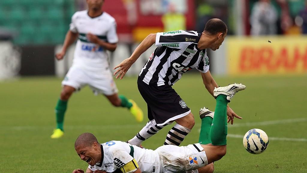 Figueirense-v-Coritiba-Brasileirao-Series-A-2014-1542806861.jpg